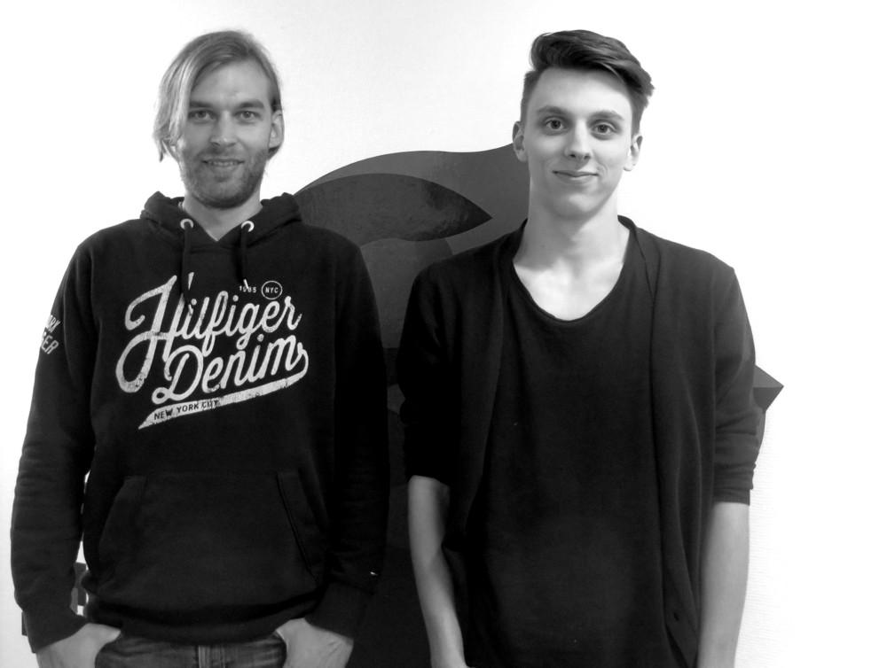 Neu im Team des Systemhauses LINET Services: Die Auszubildenden Andy Bartsch und Jannis Ohm.